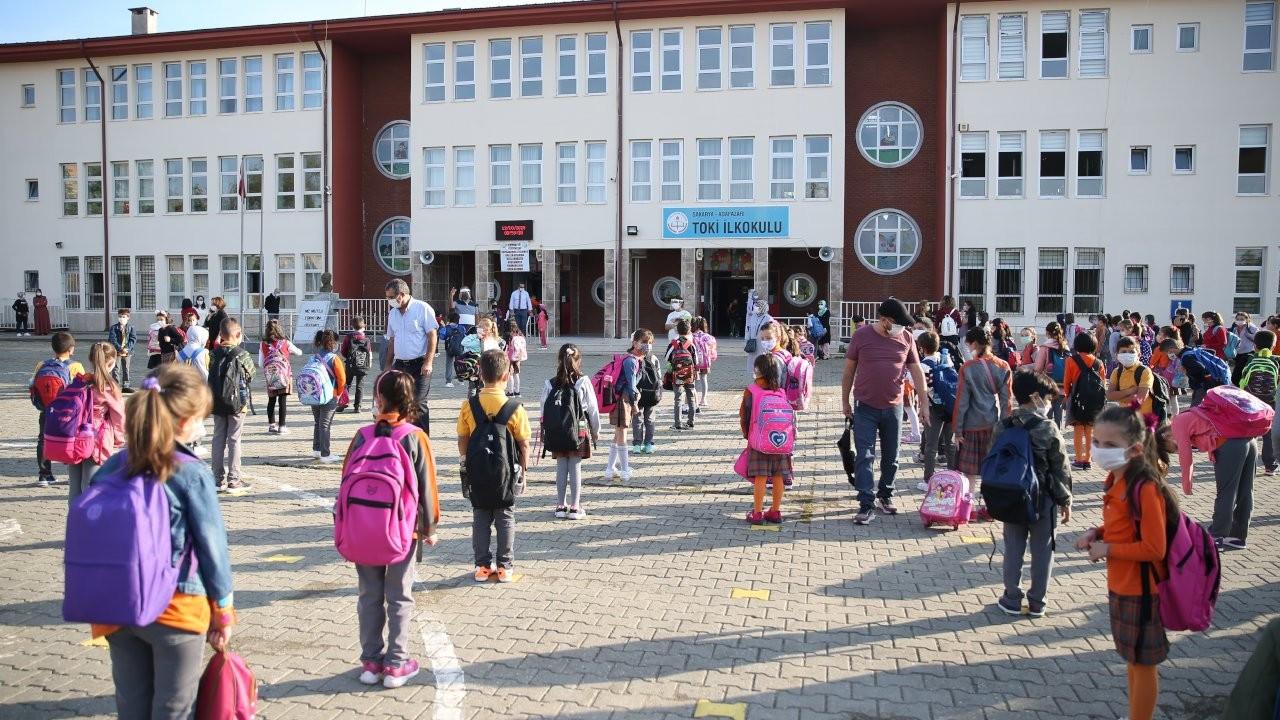 Yarıyıl tatili uyarısı: Temas artarsa vaka sayısı artar