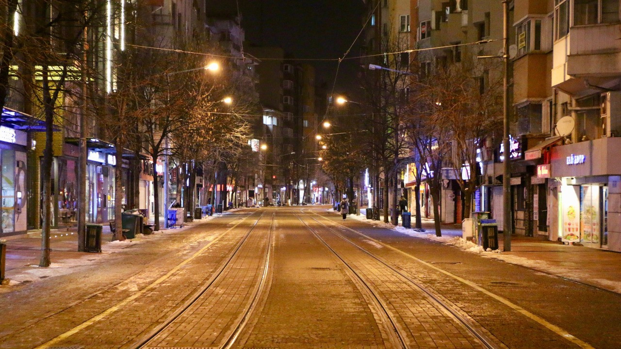 Şubat ayında 32 bin 181 kişiye sokak cezası kesildi