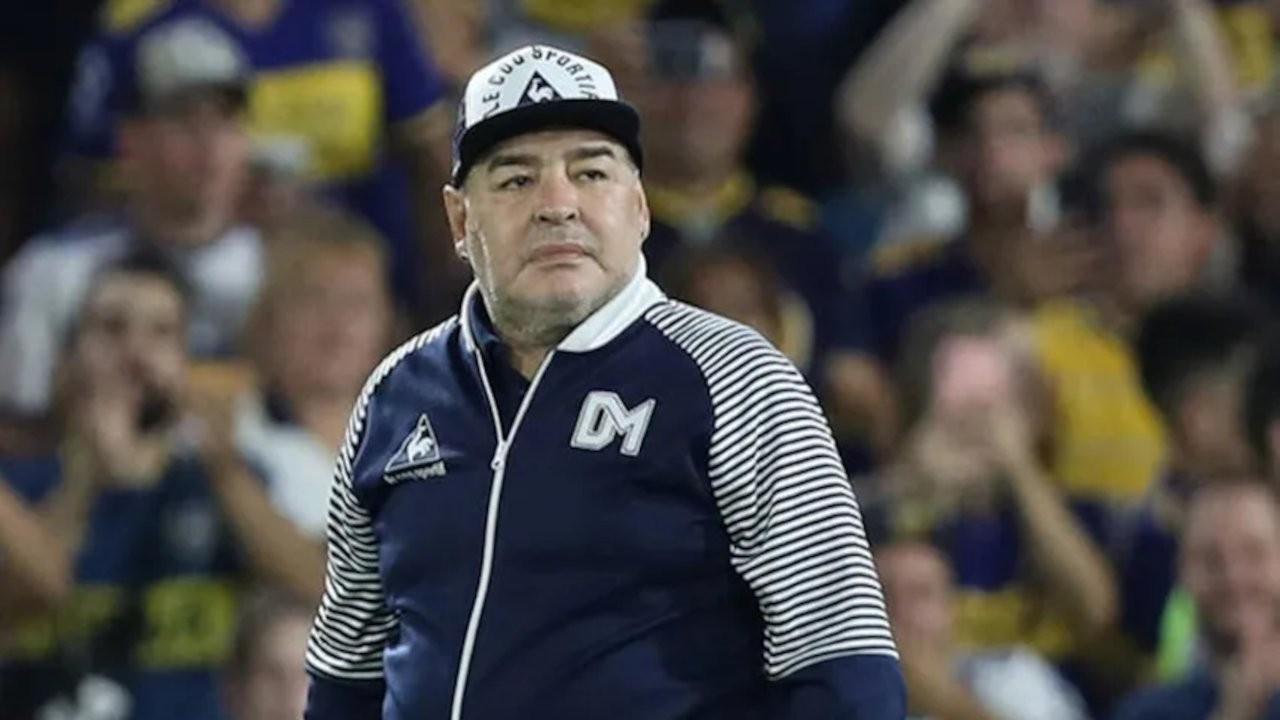 Doktorunun, Maradona'nın imzasını taklit ettiği ortaya çıktı