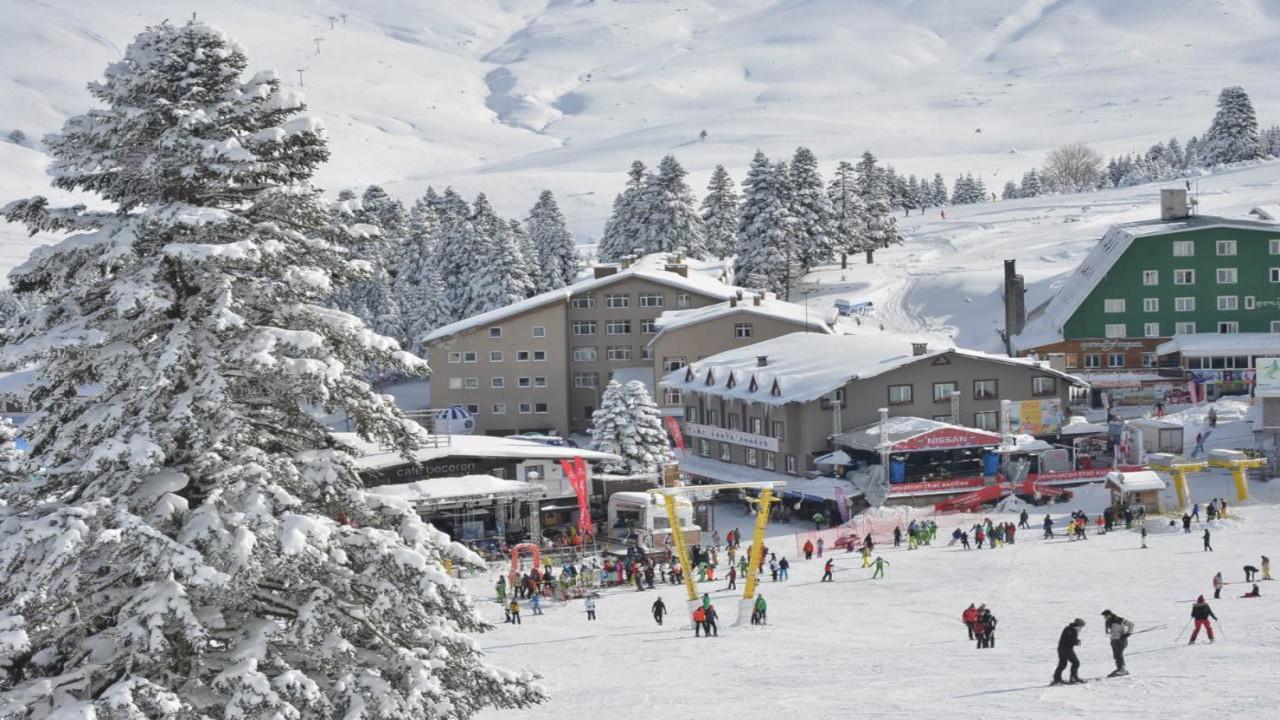 İçişleri'nden 'parti' genelgesi: Kayak otellerinde müziğe kısıtlama
