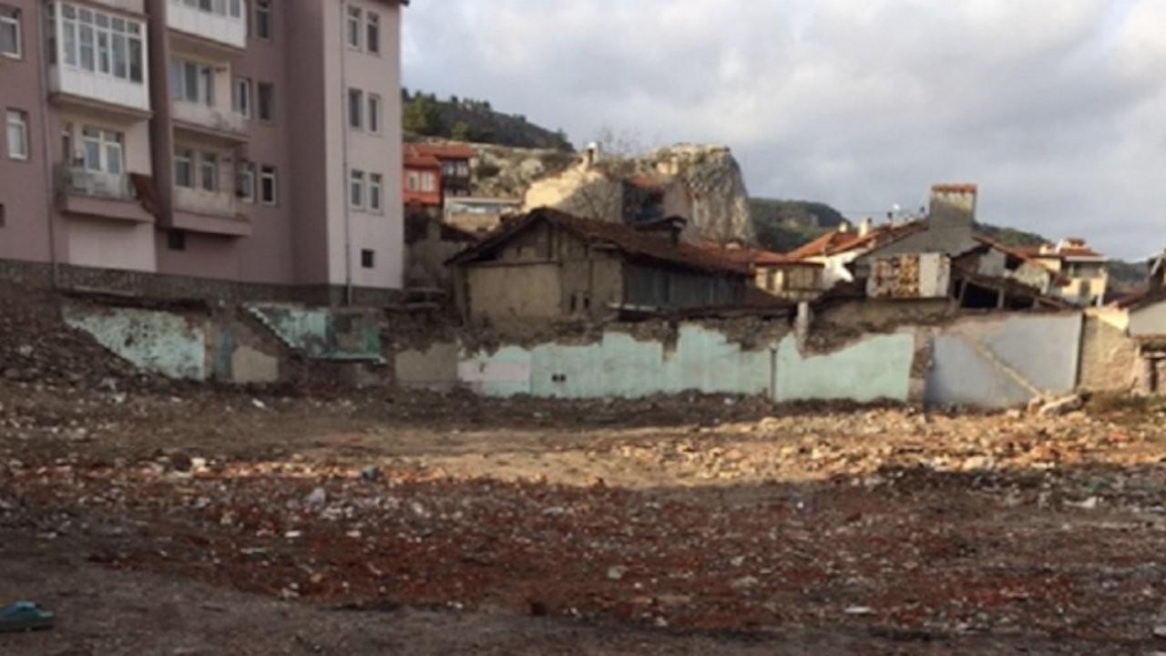 Kütahya'daki tarihi Surp Toros Kilisesi yok edildi