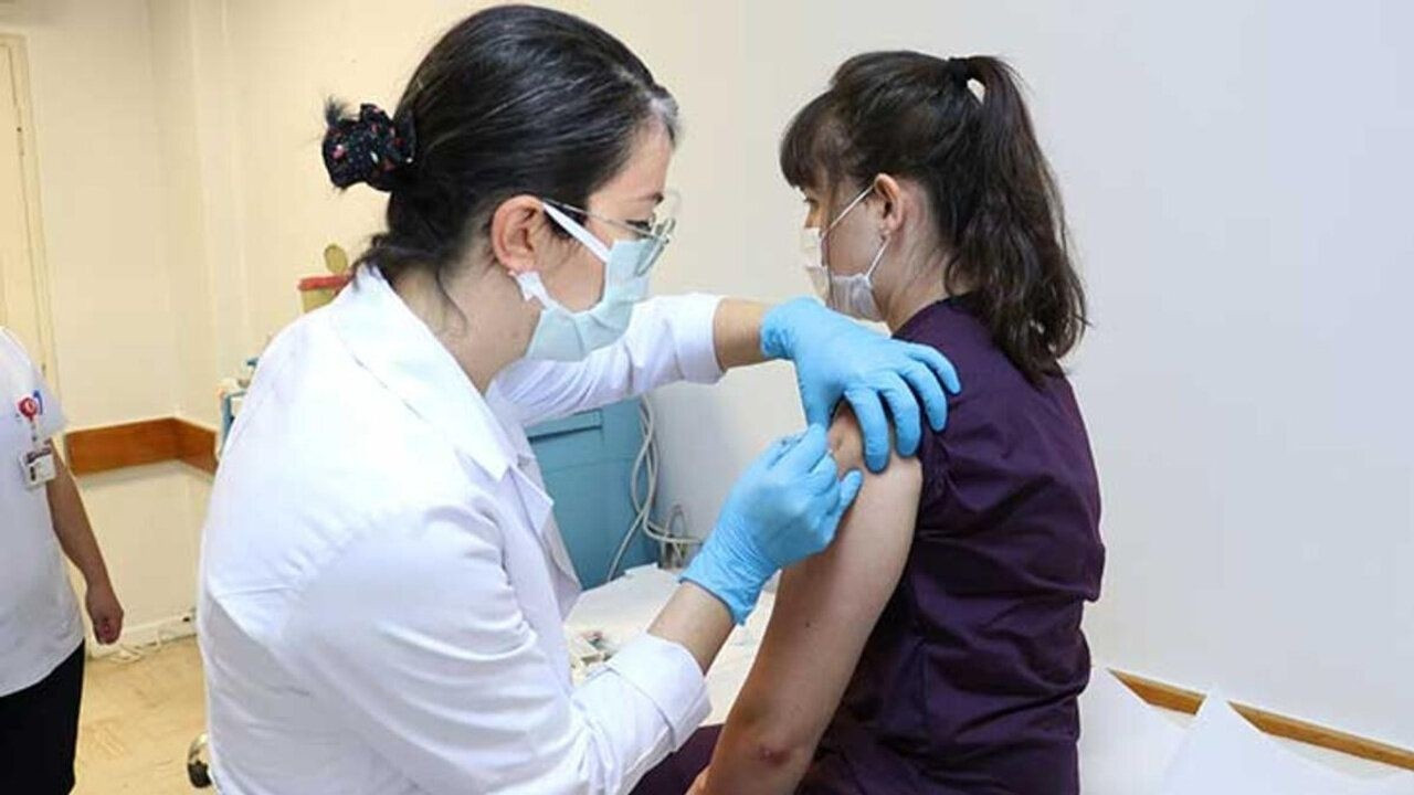 TTB: Aile Sağlığı Merkezleri'nin birçoğu aşılamaya hazır değil
