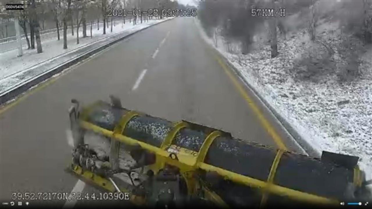 Ankara'nın kar küreme araçlarını 205 bin kişi canlı izledi