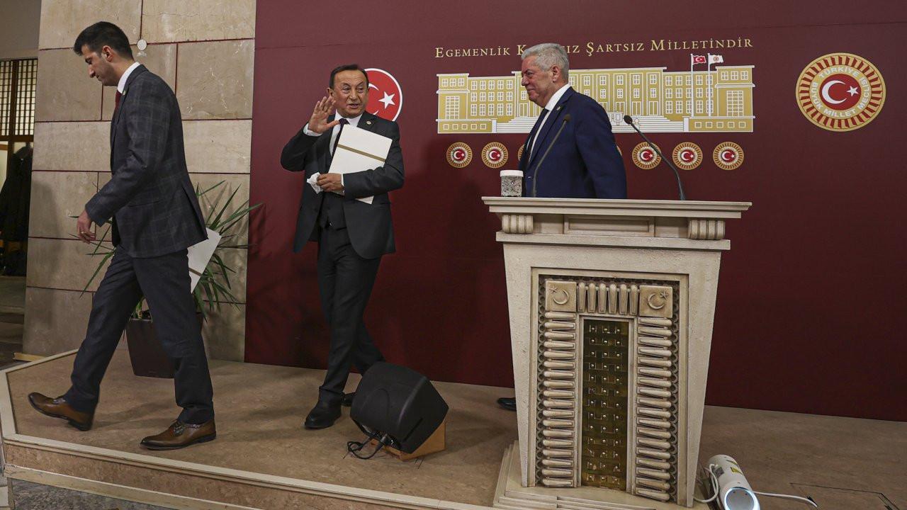 CHP'li 3 milletvekili istifa etti