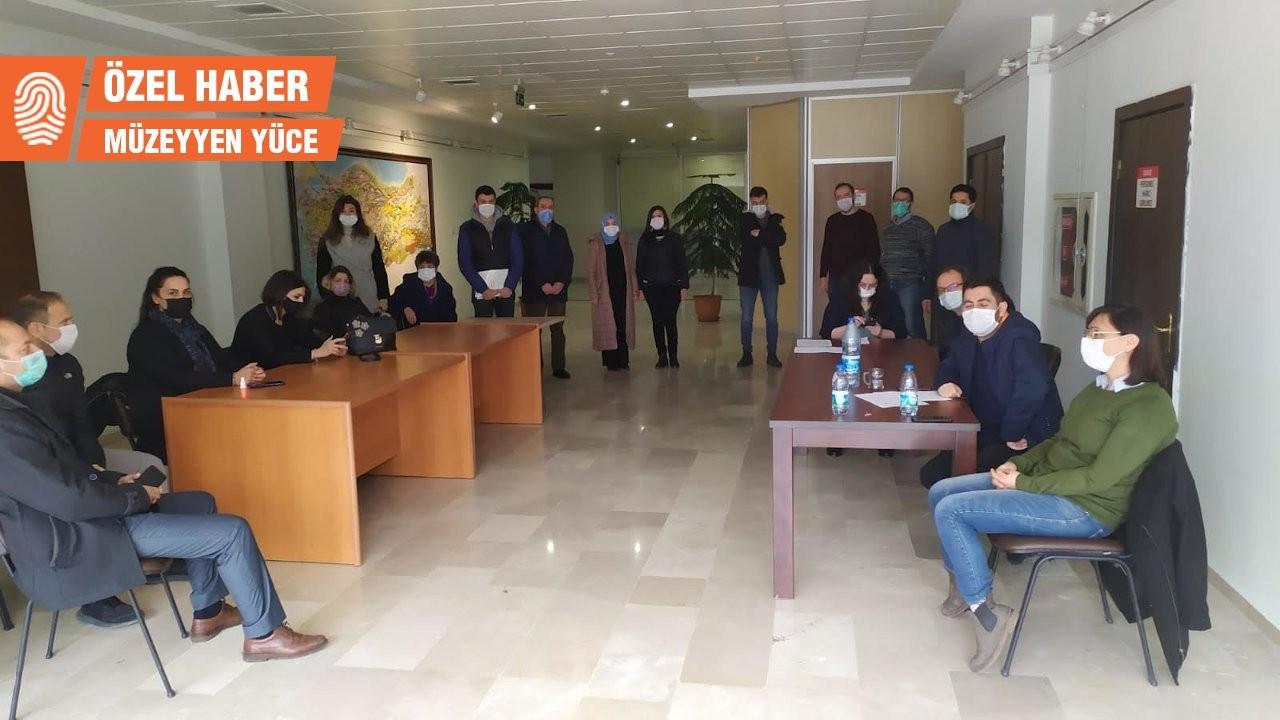 Müze çalışanlarına 'koridorda oturma cezası'