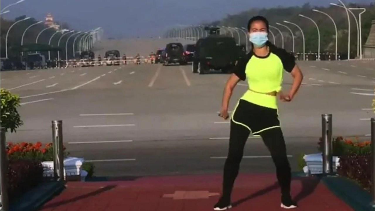 Myanmar'da bir beden öğretmeni, aerobik yaparken darbenin ilk anlarını kaydetti