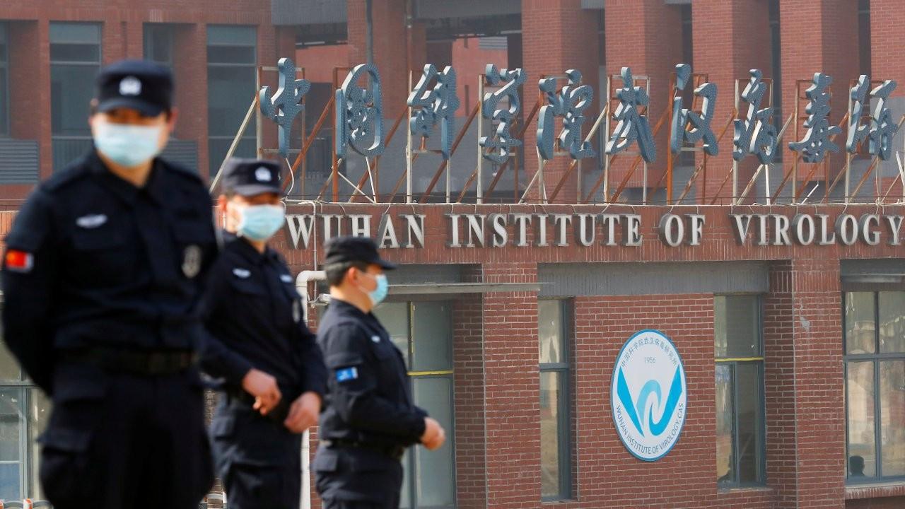 DSÖ ekibi, komplo teorilerinin merkezindeki Wuhan Viroloji Enstitüsü'nde