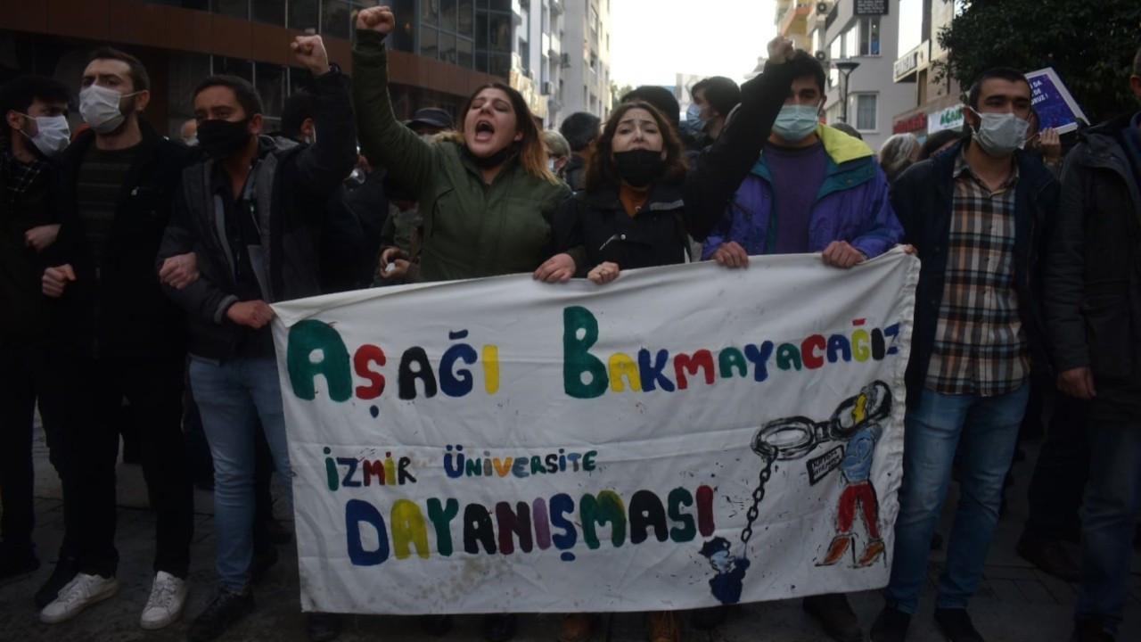 İzmir'de Boğaziçi Üniversitesi öğrencilerine desteğe polis engeli