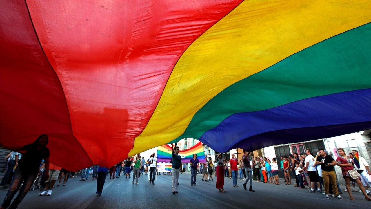 Biden'dan LGBTİ+ haklarının korunması için başkanlık bildirisi