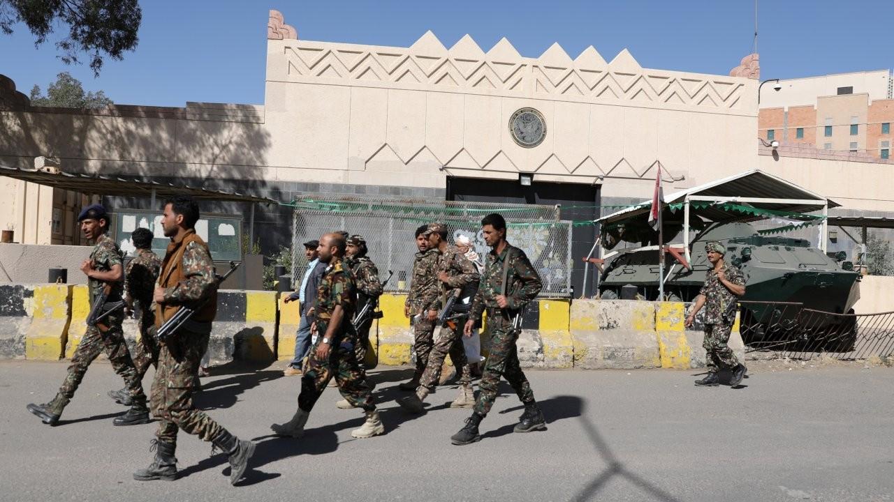 Biden yönetimi, Husileri 'terör listesinden' çıkarmaya hazırlanıyor