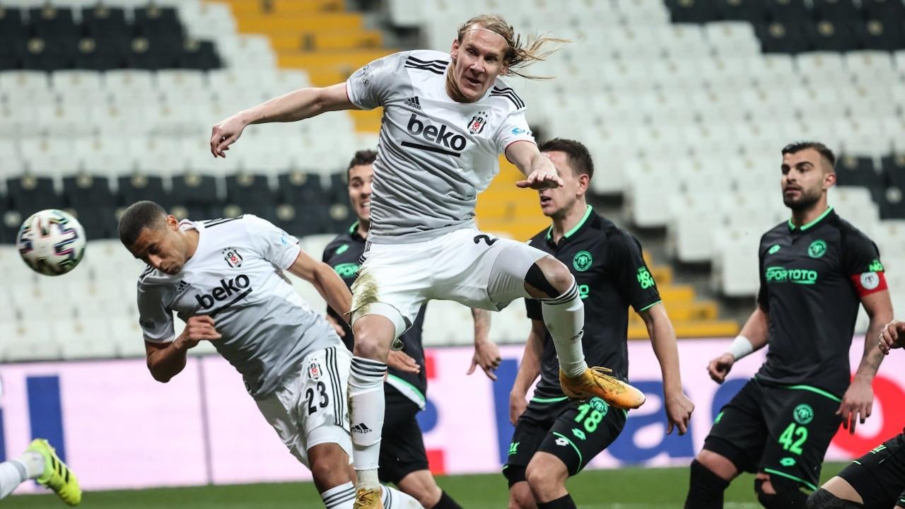 10 kişi mücadele eden Beşiktaş 3 puanı tek golle aldı