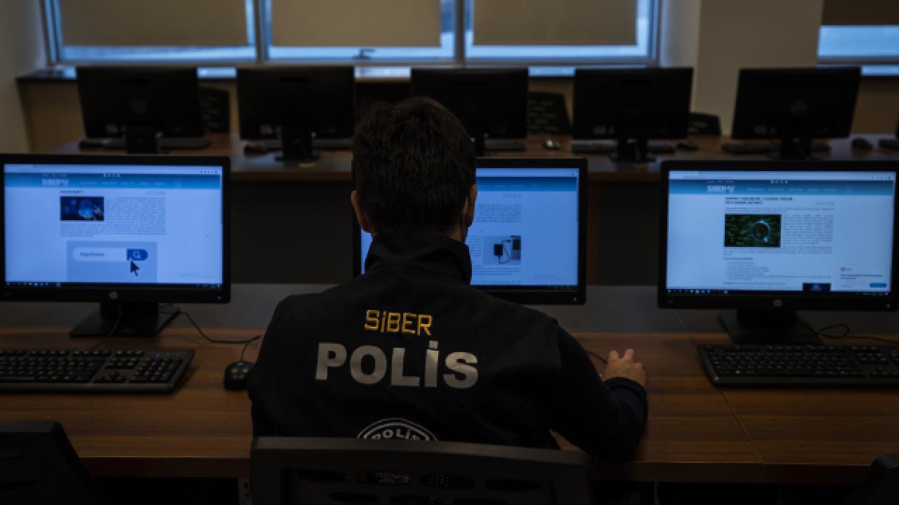 Bir haftada 39 sosyal medya kullanıcısı gözaltına alındı