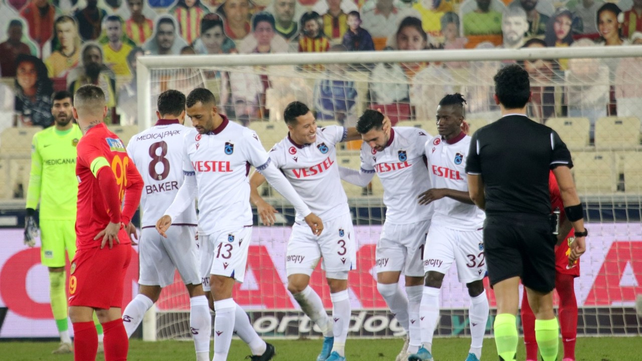 Koronadan sonra: Trabzonspor 11 eksikle İstanbul'da