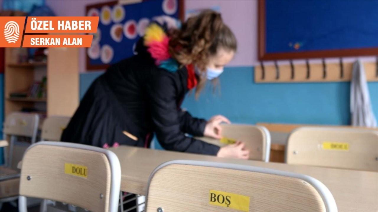 Okullar kademeli açılıyor: Veliler mutant virüs nedeniyle kaygılı