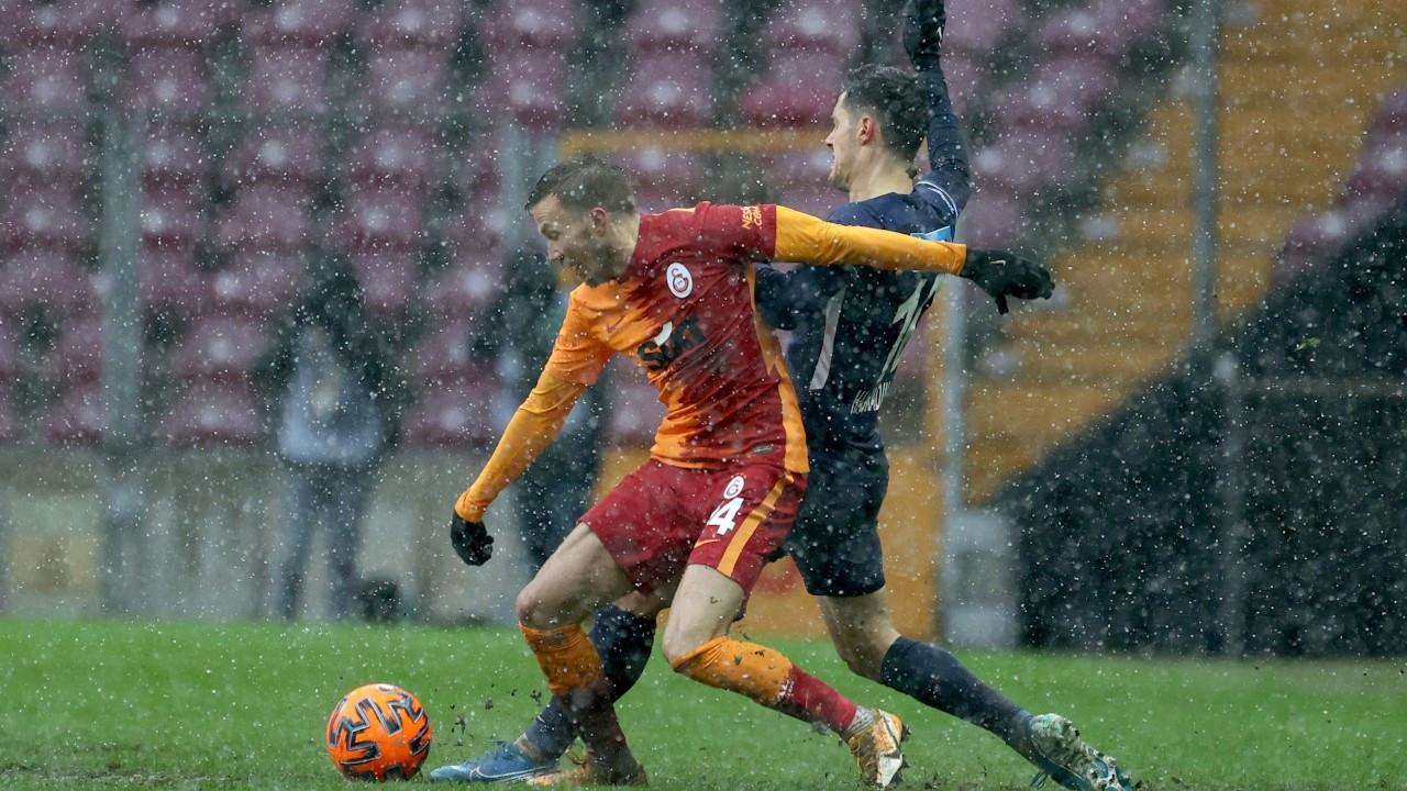Galatasaray liderliği averajla geri aldı: 2-1