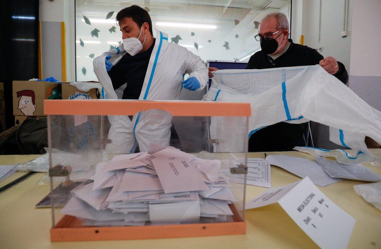 Katalan seçimlerinde Covid pozitifler için 'zombi saati' - Sayfa 2