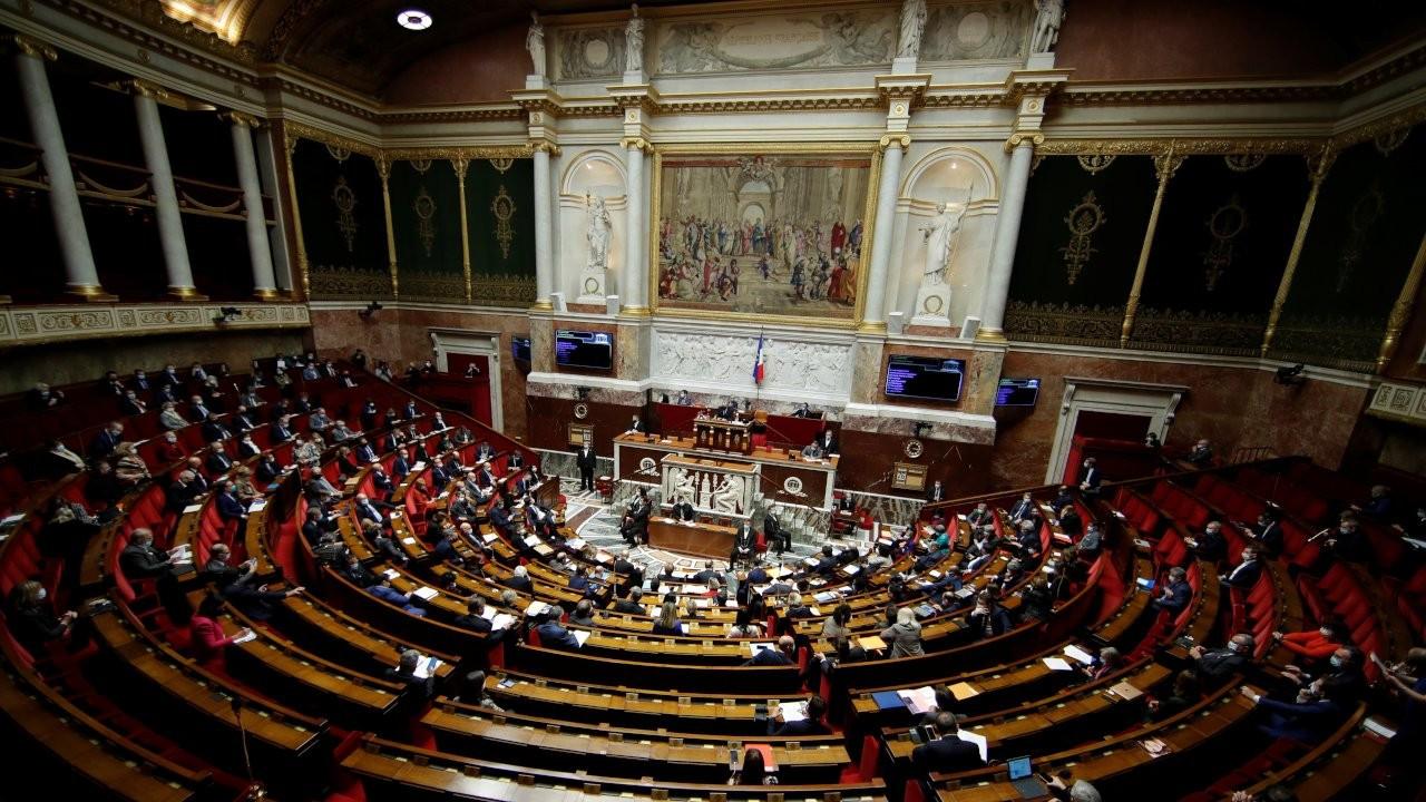 Macron'un 'Fransa İslamı' tasarısı Ulusal Meclis'te onaylandı