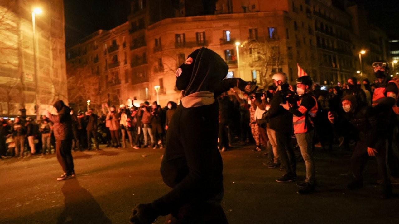 İspanya'da rapçi Hasel'in tutuklanmasına karşı protestolar sürüyor