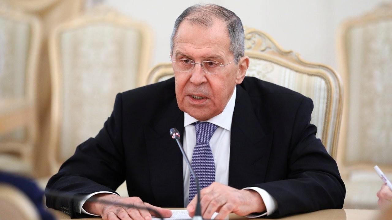 Lavrov'dan Türkiye'ye Ukrayna uyarısı: Son verin