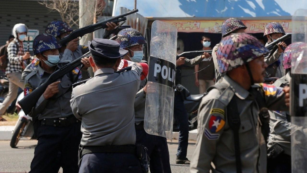 BM: Dünya, 'insan hakları ihlalleri salgınıyla' karşı karşıya