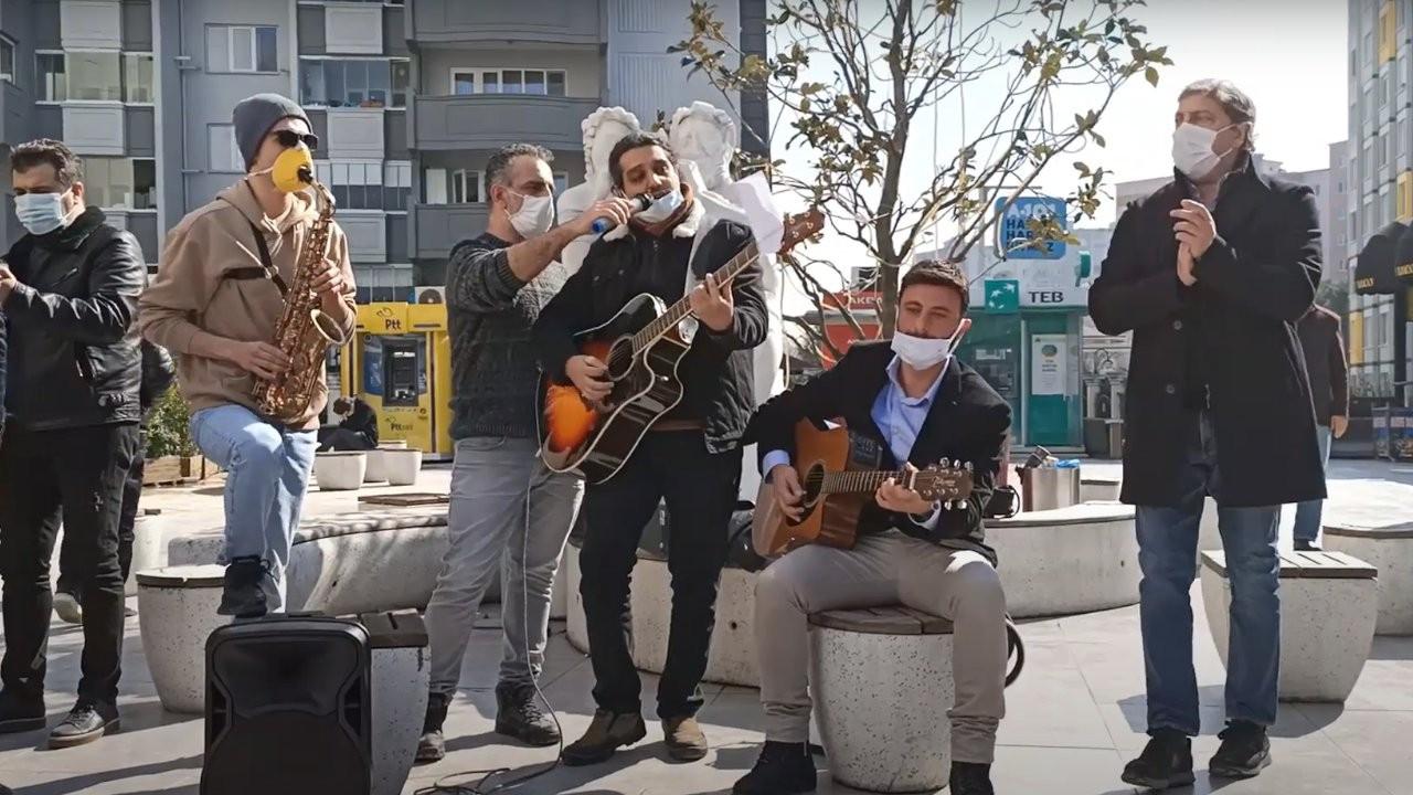 Müzisyen ve işletmecilerden şarkılı tepki: 'Aç Yeniden'
