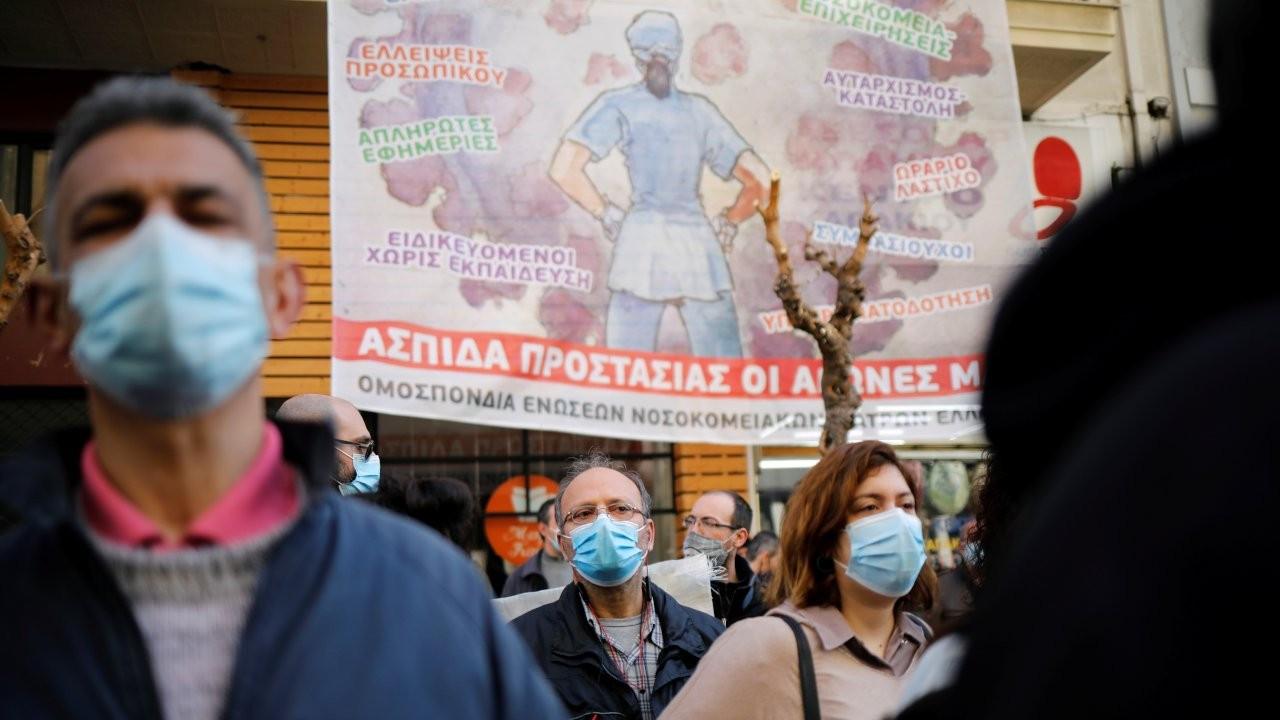 Yunanistan'da doktorlardan Covid protestosu: Hastanelerde durum kritik
