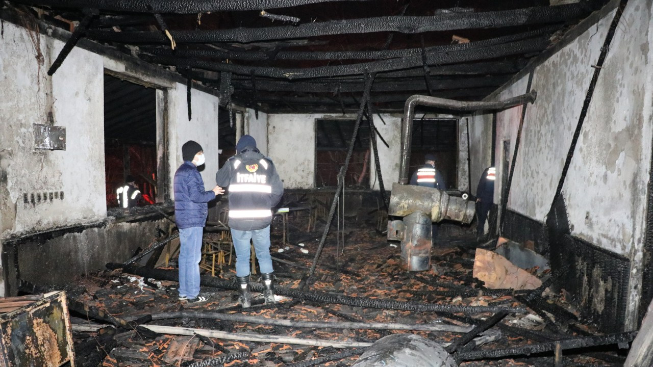 Milli parktaki lokantada yangın çıktı üç kişi öldü