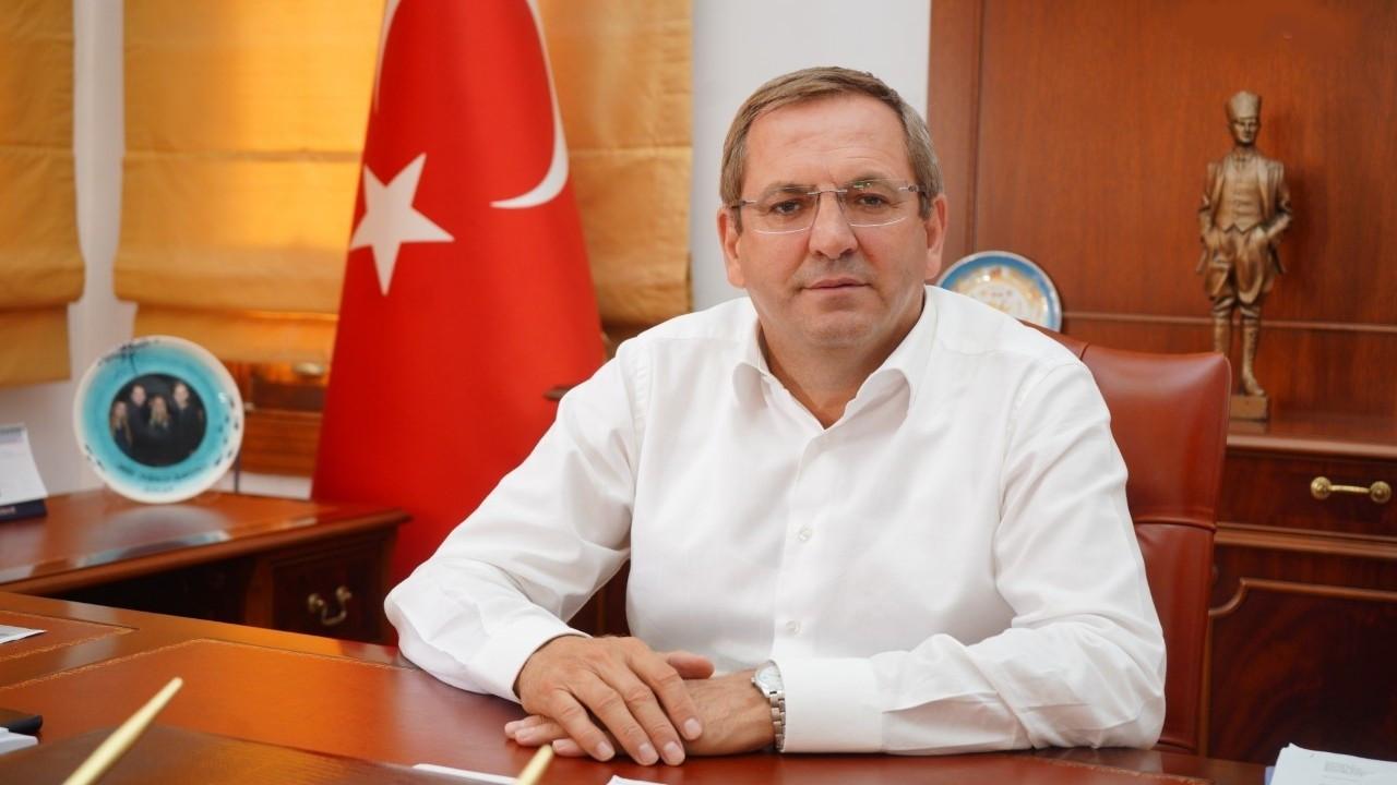 Ayvalık Belediye Başkanı Mesut Ergin, Demokrat Parti'den ayrıldı