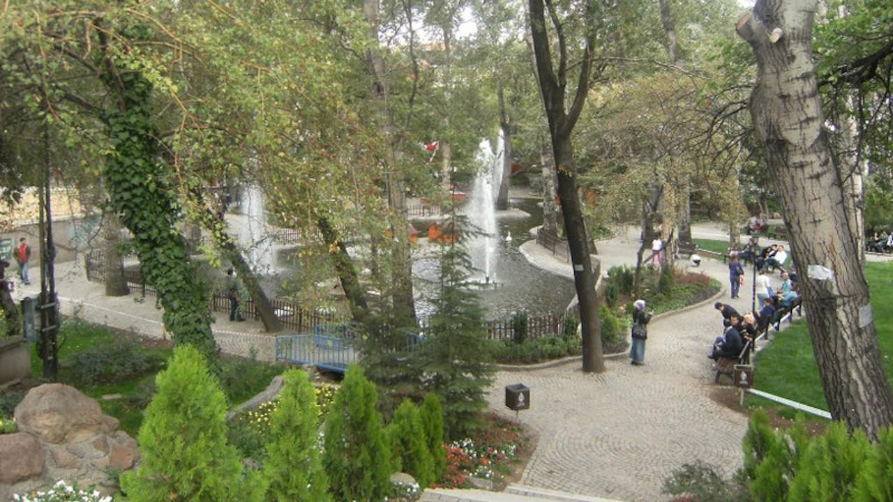 Ankara'da Kuğulu Park kapatıldı