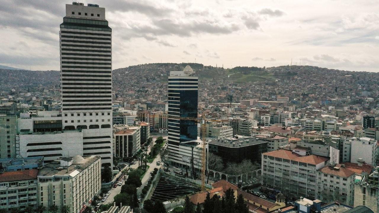İzmir'de riskli binalar için ilçe belediyelerine plan yapma yetkisi