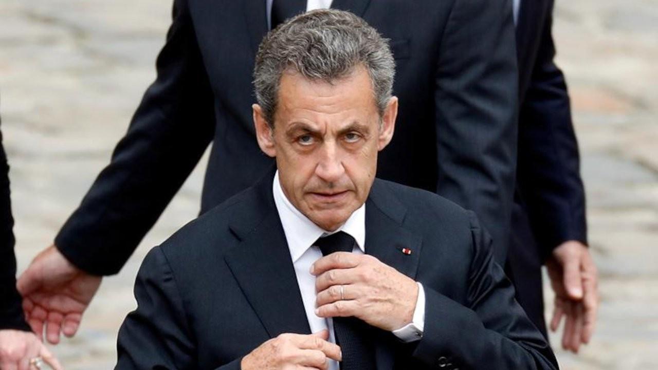 Fransa'nın eski cumhurbaşkanı Sarkozy'ye hapis cezası