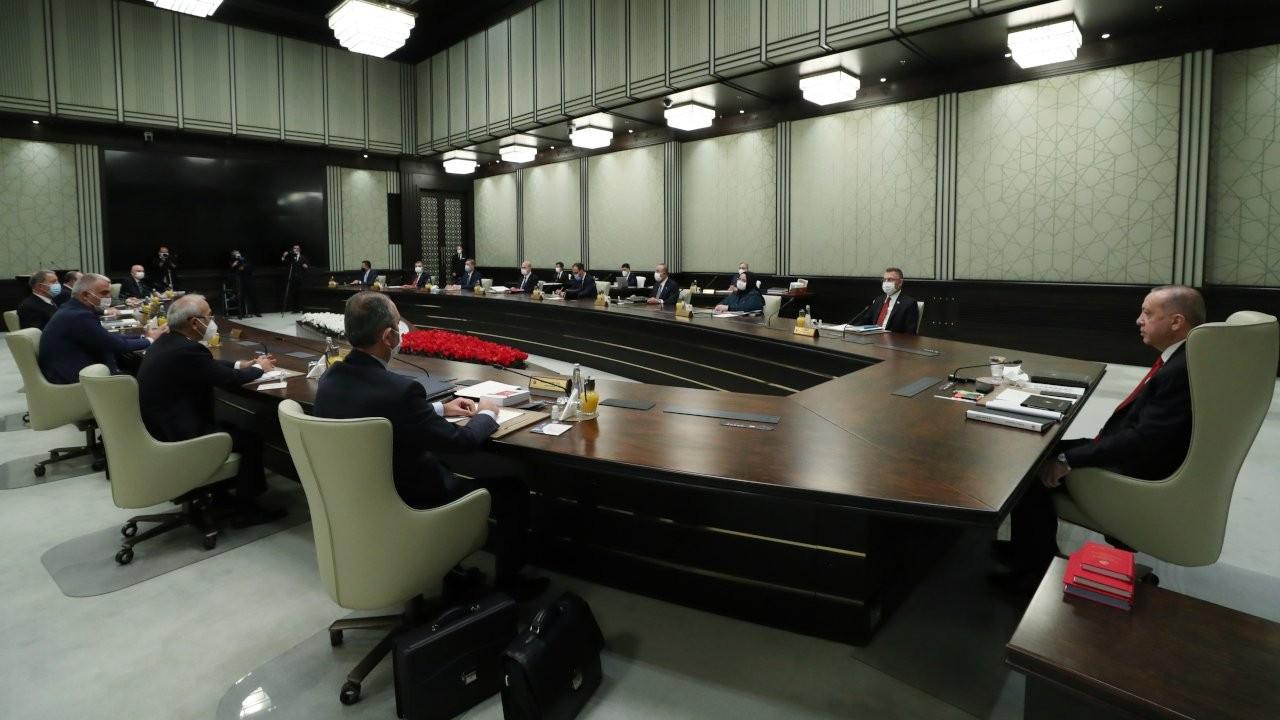 'Kabinede ve AK Parti yönetiminde değişiklikler bekleniyor'