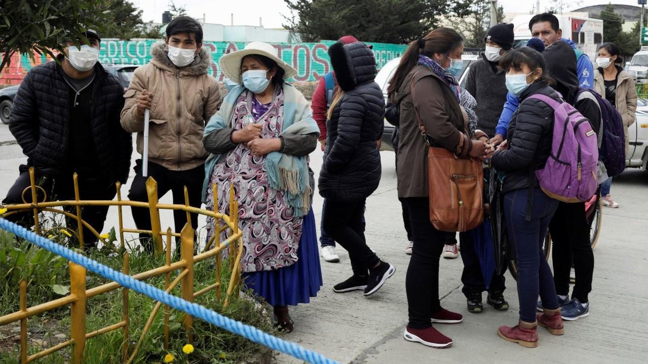 Bolivya'da bir üniversitede korkuluklar çöktü, beş öğrenci öldü