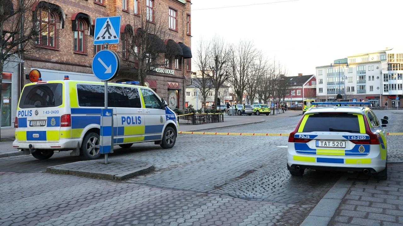 İsveç'te bıçaklı saldırı: 8 kişi yaralandı