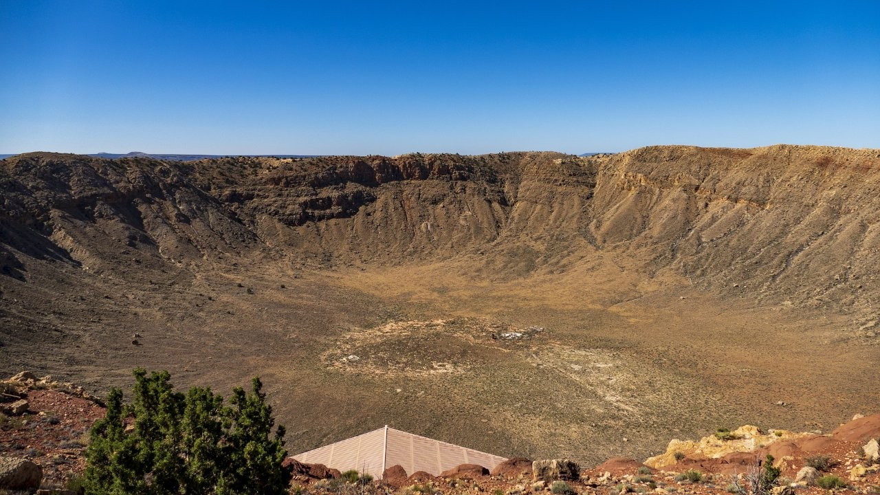 Bilim insanları dinozorları yok eden asteroitten kalıntılar buldu