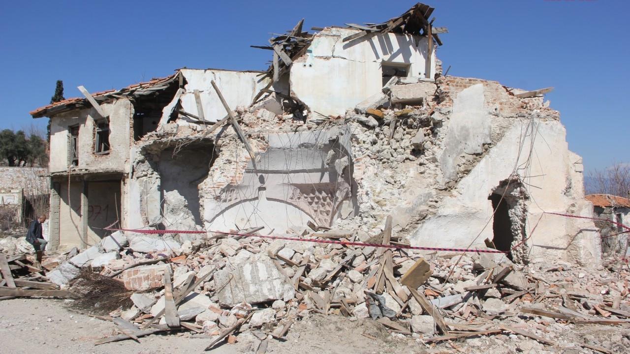 CHP'den 600 yıllık hamamın yıkılmasına tepki
