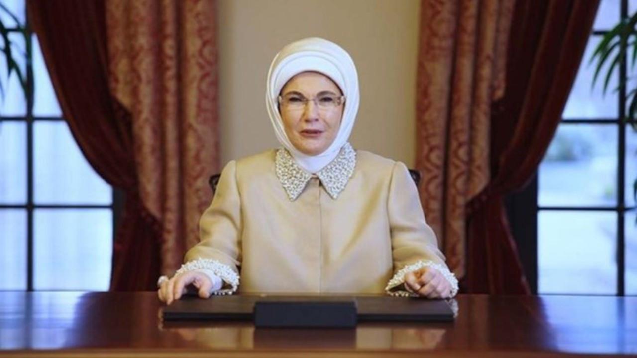 Emine Erdoğan'ın tarif kitabı için 975 bin lira harcandı iddiası