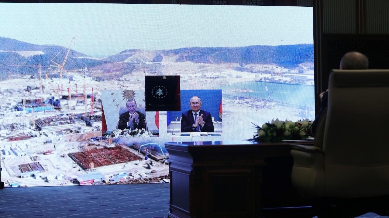 Erdoğan'dan Putin'e: En kısa zamanda yüz yüze görüşelim