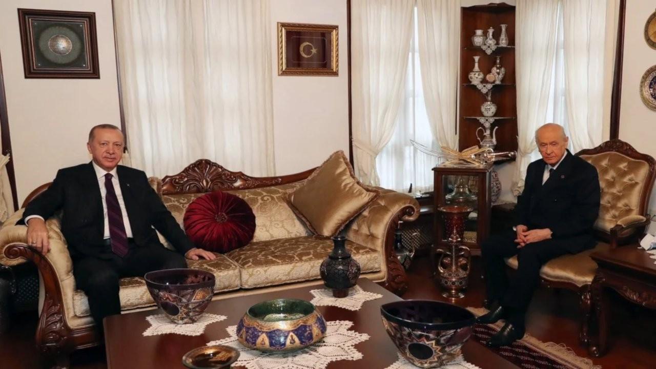 'MHP'nin 'Fosforlu' kampanyası yeni Anayasayı yatırdı gibi'