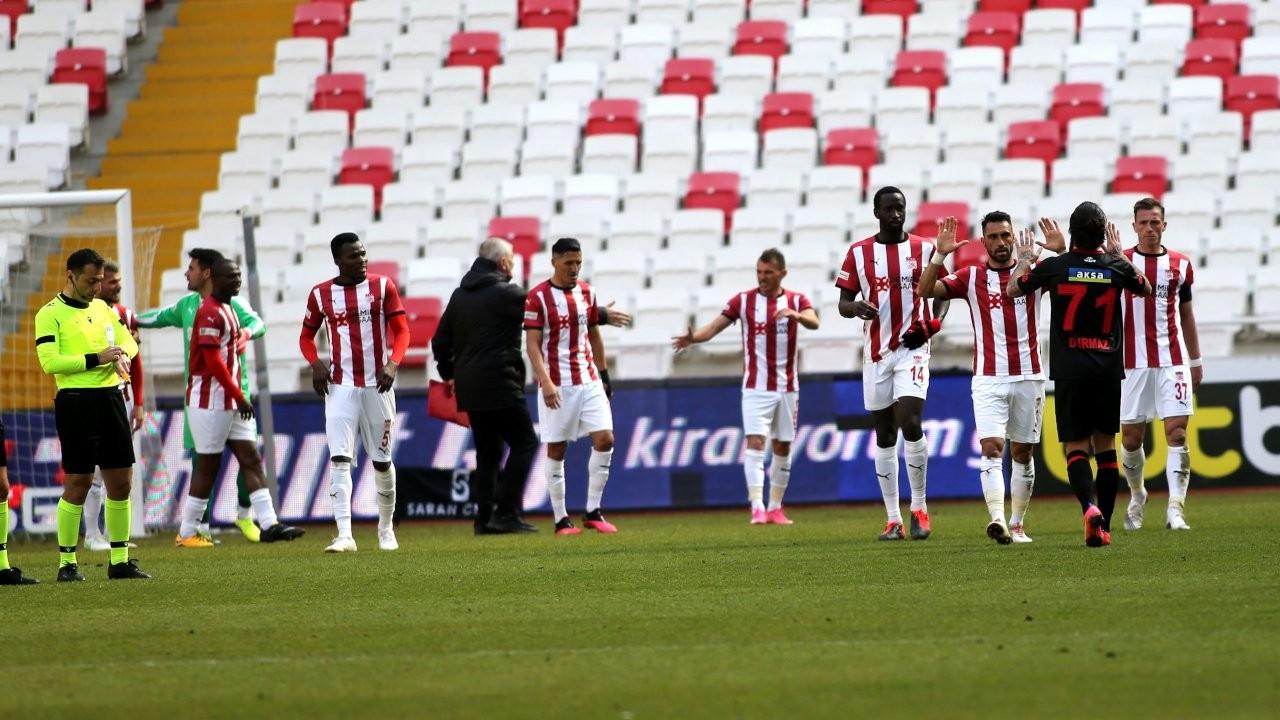 Sivasspor, Fatih Karagümrük'ü tek golle geçti