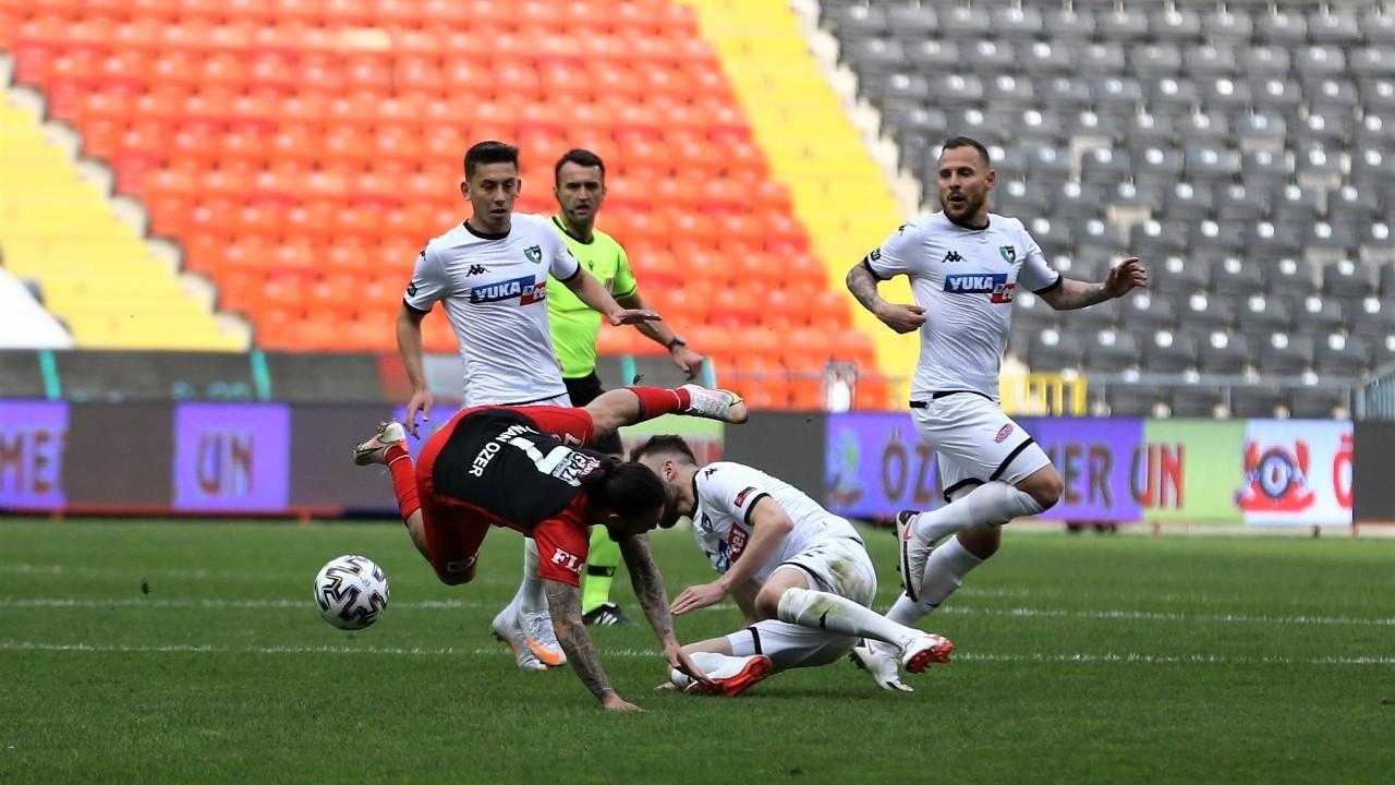 Gaziantep, evinde ağırladığı Denizlispor'u 2-0 mağlup etti