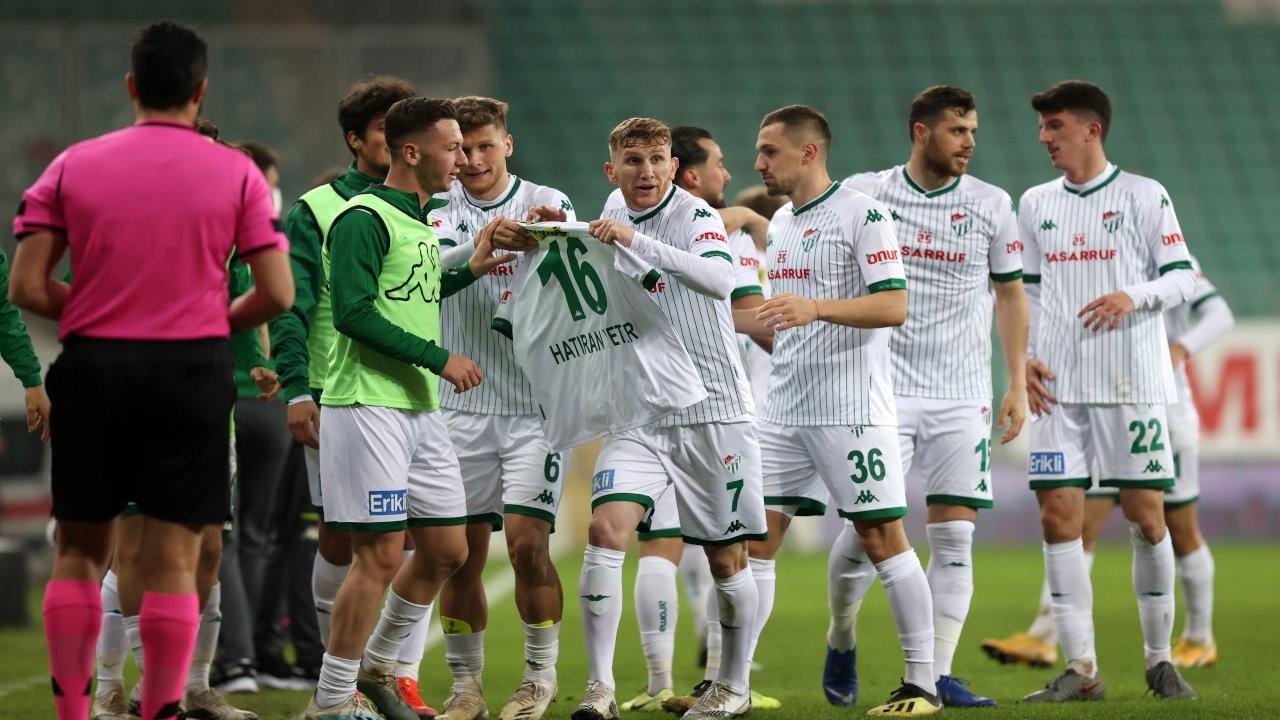 Bursasporlu oyunculardan bildiri: Tek kuruş maaş alamadık