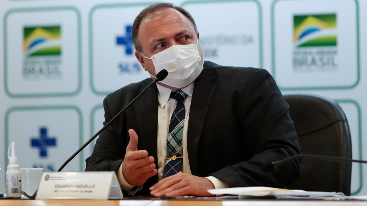 'Dr. Kâbus'u görevden alan Bolsonaro'ya tepki dinmedi