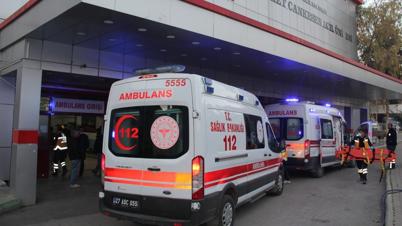 Gaziantep'te işçileri taşıyan kamyonet devrildi: 7 yaralı