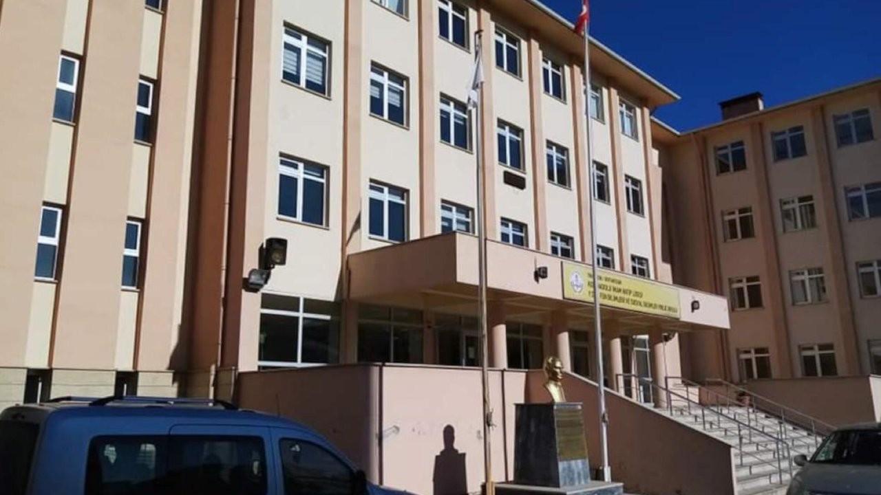 Trabzon'da bir imam hatip lisesi ve 15 hane karantinaya alındı