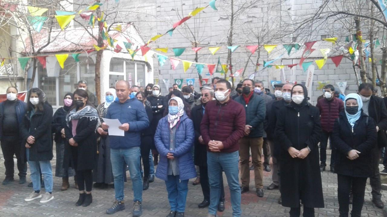 Diyarbakır ve Van'da HDP'ye kapatma istemine protesto