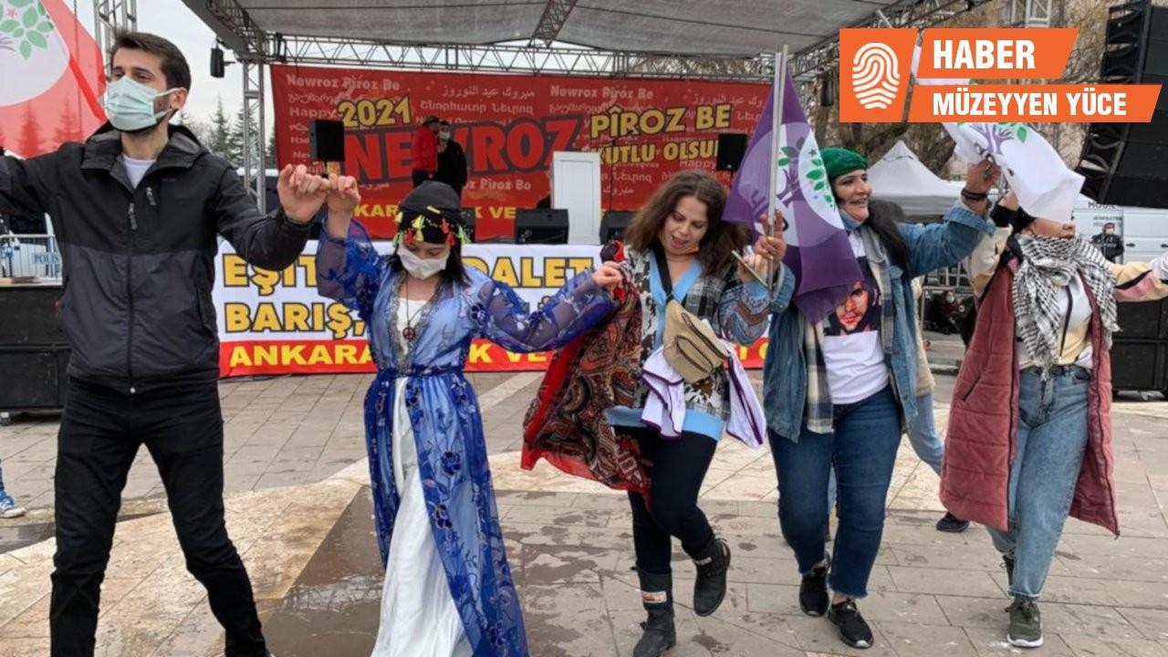 Gergerlioğlu Newroz alanında 'Halkın vekili sloganıyla karşılandı