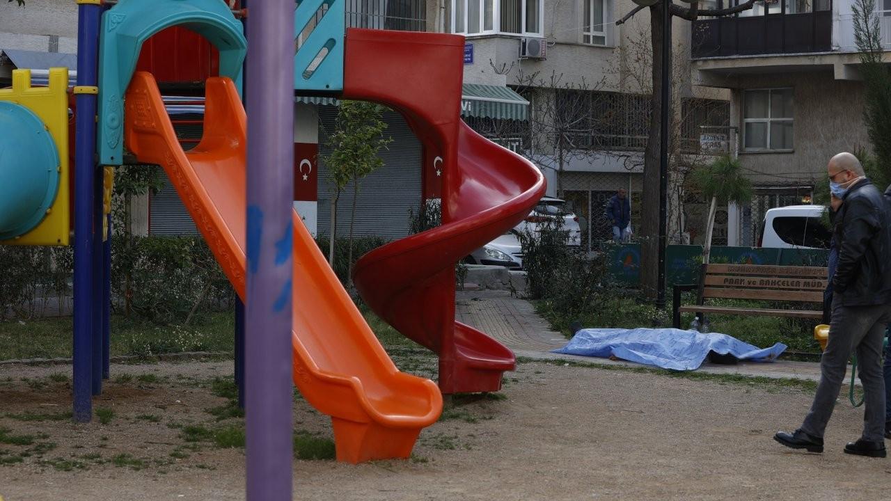 Sokakta yaşayan Üçok, çocuk parkında vefat etti