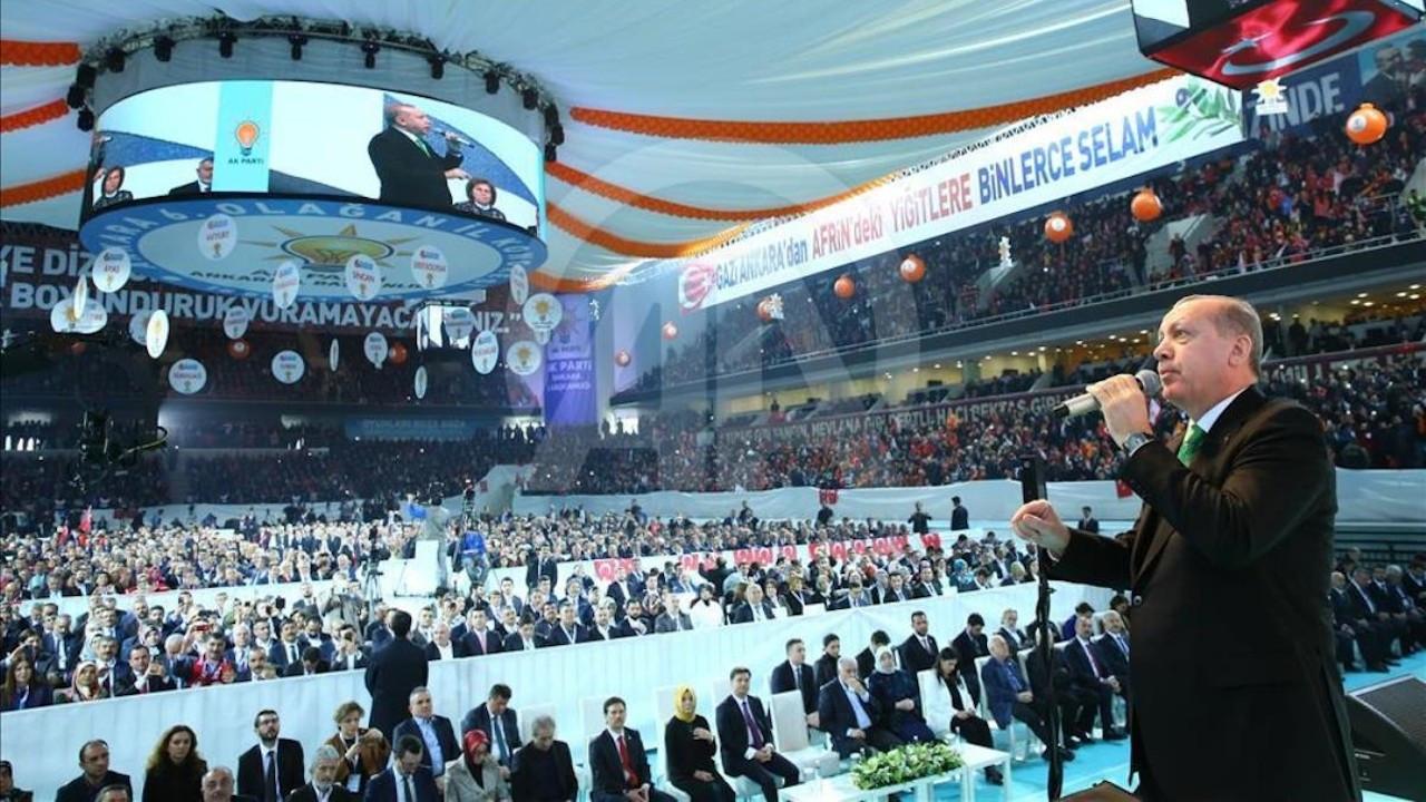 AK Parti kongresine İYİ Parti'den 3 kişilik heyet