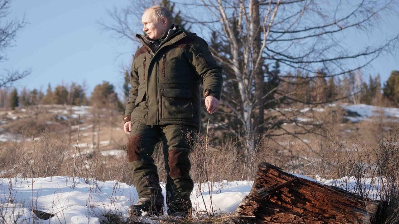 Peskov: 'Nükleer çanta' her zaman Putin'in yanında